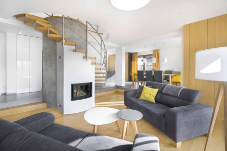 <h5>Interiér rodinného domu – Krásna nad Hornádom</h5>