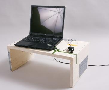<h5>Príručný stolík</h5>
