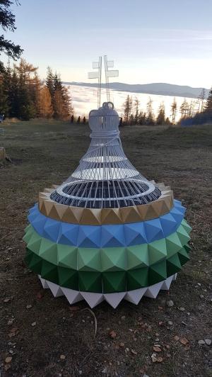 <h5>Ihlanová kupolka</h5>